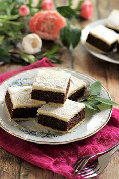 Juditka konyhája: ~ DIÓS - ALMÁS CSOKIS PITE ~ Feta, Cheese, Baking, Desserts, Dios, Tailgate Desserts, Deserts, Bakken, Postres
