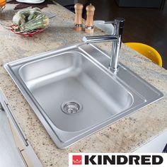El acabado y diseño de los fregaderos #KINDRED son ideales para cocinas elegantes.