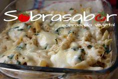 Macarrones gratinados al queso mozzarella.