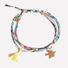 Bracelet Hirondelle et Liberty finement cousu. Création ticha. www.ticha.bigcartel.com