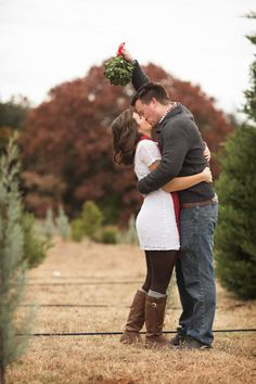 Christmas tree farm shoot Photo By Alyssa Turner Photography
