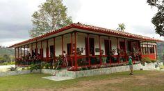 Casa de la finca cafetera, el Ocaso en Salento Quindio, Colombia Pergola Designs, Next At Home, Beautiful Landscapes, Home Projects, Canopy, Interior And Exterior, Countryside, Gazebo, Farmhouse