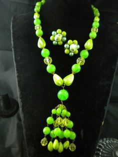 Vintage LIME GREEN WEST GERMANY WIRE STRUNG BEAD TASSEL NECKLACE & EARRINGS SET