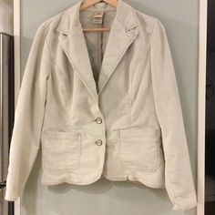 Gorgeous jacket Closet Rules: No Holds or Trades Same Day or Next Day Shipping All Items are in Gently Used Condition Unless Stated Otherwise Jackets & Coats