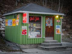 Vintage Kiosk by Ole Morten Eyra