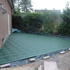 Patio With Interlocking Deck Tiles Gray On Grass   Google Search