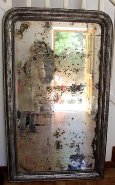 Fun She Shed Conversion Ideas Old Mirrors, Vintage Mirrors, Mirror Tiles, Diy Mirror, Shed Conversion Ideas, Distressed Mirror, Home And Garden Store, Shabby Chic Antiques, She Sheds