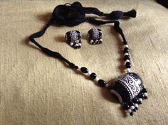Black And White Terracotta Jewellery Set