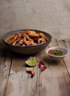 bbq green prawns with thai chili dipping sauce