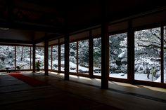 雪の青蓮院門跡 / Shoren-in Temple