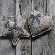 Duo coeur et étoile en tissu                                                                                                                                                                                 Plus