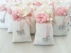 WEBSTA @ ornate_design - Beliz Bebek için bir takım hazırlıklar kolonya #kolonyaşişesi #kolonyasisesi #lavantakesesi #bebek #babyshower #hamile #lohusa #çikolata #cerceve #düğün #hastaneodası #kina #yasin #mevlüd #bebeksekeri #dogumhediyesi #bebekodası #nikah #nikahsekeri #lokumluk #nişantepisi #nişan #söz #yüzükyükseltisi #pleksi