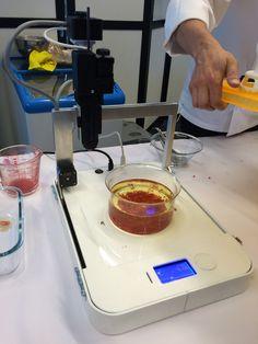 ByFlow printing agar agra caviar http://www.lifestyl3d.com/food-ink-restaurant-100-impression-3d/