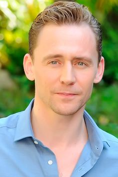 Tom Hiddleston at 'Crimson Peak' Photocall at Le Jardin de Russie, France - 28th September. Full size image: http://tomhiddleston.us/gallery/albums/userpics/10001/7323.jpg Source: Tom Hiddleston Fans http://tomhiddleston.us/gallery/displayimage.php?album=lastup&cat=74&pid=20733#top_display_media