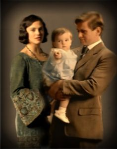Tom & Sybil and baby..there must have been some real editing to the scrip after filming for Sybil died soon after the baby was born