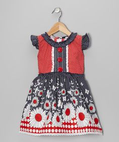 With pretty colors and comfy all-cotton construction, this breezy dress is sweeter than a candy rainbow. Little angel sleeves and a zippered back are like winged unicorns that fly by and make the image even more adorable.