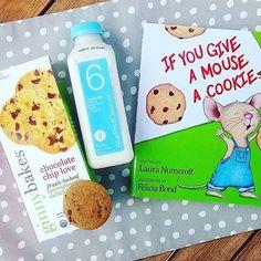 Cookies n' milk + a bedtime story = sweet dreams (rg: @dani_nemeh)