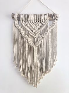 Handmade Macrame Wall Hanging Tapestry Macrame Wall Pendant Home Decor Macrame Design, Macrame Art, Macrame Projects, Macrame Wall Hanging Patterns, Large Macrame Wall Hanging, Macrame Wall Hangings, Free Macrame Patterns, Modern Macrame, Creations