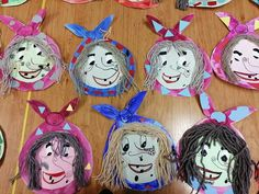 Diy And Crafts, Crafts For Kids, Halloween Crafts, Origami, Mosaic, Witch, Activities, Christmas Ornaments, Disney Characters