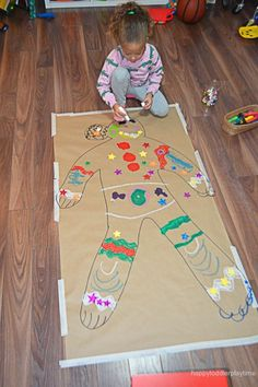 New holiday party activities for kids children ideas Toddler Party Games, Toddler Themes, Toddler Crafts, Toddler Daycare, Kid Games, Gingerbread Man Crafts, Gingerbread Man Activities, Gingerbread Man Kindergarten, Gingerbread Houses
