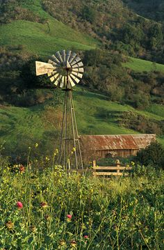 An old barn and a windmill. The windmill doesn't look as old as the barn, probably still in use, or just better kept. Country Barns, Country Life, Country Living, Country Roads, Old Windmills, Country Scenes, Farms Living, Old Farm, Farm Life
