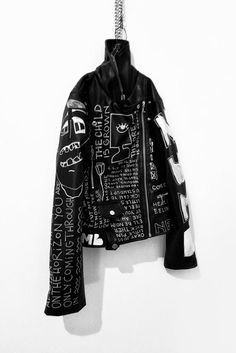 Hand painted jacket, black and white punk jacket, vegan leather women's jacket - Rannka, Commune Collection Pink Floyd, Poet Shirt, Punk Jackets, Black Parade, Diy Clothing, Korean Outfits, Leather Fashion, Alter, Textiles