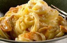 Top 10 Creamy & Cheesy Recipes For Fettuccine Alfredo Greek Cooking, Easy Cooking, Cookbook Recipes, Cooking Recipes, Healthy Recipes, Cheesy Recipes, Chicken Recipes, Good Food Image, Curry Stew