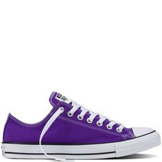 Converse Chuck Taylor All Star Fresh Colors – electric purple Sneakers Cheap Converse Shoes, Purple Converse, Converse Low Tops, Purple Sneakers, Outfits With Converse, Purple Shoes, Shoes Sneakers, Converse Fashion, Converse Shoes
