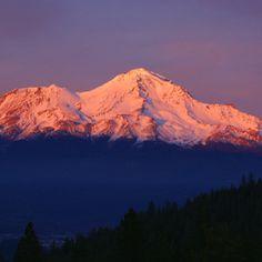 Hike & photograph sunset/ sunrise Mount Shasta