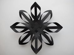 Make a paper star with this step-by-step tutorial.