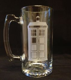 Standing TARDIS Dr doctor Who Inspired Custom Etched Large Beer Stein