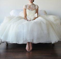 pretty wedding dress photo