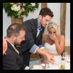 How to wow your guests at your wedding! Magician, Wedding, Entertainment, London, Cambridge, Magic