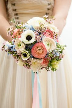 Wedding bouquet - flower ideas Wedding bouquet Wedding bouquet The post wedding bouquet appeared first on Blumen ideen. Bridal Bouquet Pink, Summer Wedding Bouquets, Bridal Flowers, Flower Bouquet Wedding, Floral Bouquets, Floral Wedding, Pastel Flowers, Lace Wedding, Wedding Officiant