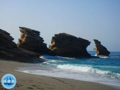 Wandelen op Kreta 2021 vakanties met wandelingen griekenland Winter Begins, Asphalt Road, Electric Mountain Bike, Cycling Holiday, Greece Holiday, Crete Greece, Enjoying The Sun, Winter Holidays, Strand