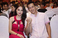 Huong Giang & Criss Lai