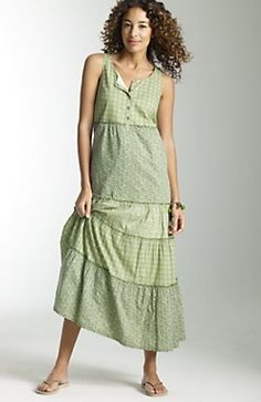 Ooh, a summer dress style I might actually consider!  Wonder if I could sew something similar for a more frugal alternative.