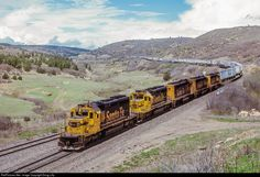 RailPictures.Net Photo: ATSF 5076 Atchison, Topeka & Santa Fe (ATSF) EMD SD40-2 at Raton Pass, New Mexico by Doug Lilly