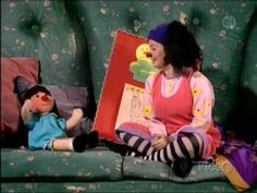 You know you're a 90s kid when you watched #thebigcomfycouch !! :) It's time for the 10 Second Tidy!! (my kids fell for it every time!)