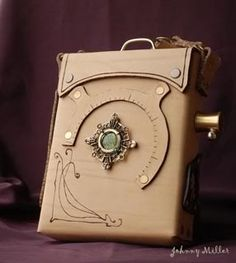 Steampunk bag -Sleek and Beautiful Steampunk Belt, Style Steampunk, Steampunk Crafts, Steampunk Design, Steampunk Wedding, Steampunk Lamp, Steampunk Costume, Steampunk Clothing, Steampunk Fashion