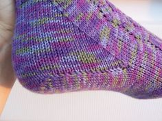 Another heel to try. Nice pattern. Toe up.