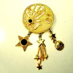 Crescent  Moon & Sun Brooch Goldtone Eclipse Pin w  Shiny