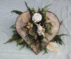 Allerheiligen 11 Grave Flowers, Funeral Flowers, Autumn Wreaths, Easter Wreaths, Primitive Christmas, Rustic Christmas, Small Flower Arrangements, Cemetery Decorations, Funeral Planning