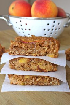 PEACH OATMEAL BARS -had to bake 5 extra minutes. had a flavor like peach cobbler. Fruit Recipes, Baking Recipes, Dessert Recipes, Summer Recipes, Bar Recipes, Dessert Bars, Nutella Recipes, Amish Recipes, Summer Desserts