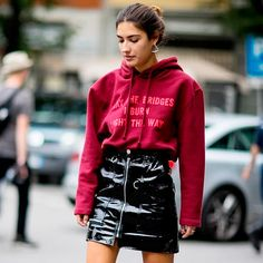 Fashion Girl Essential: Saia de Couro