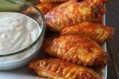 Making Instant Pot Chicken Wings is easy, delicious, and the answer when you are making wings in a hurry. Make from fresh or frozen! Crockpot Recipes, Chicken Recipes, Cooking Recipes, Healthy Recipes, Keto Recipes, Ip Chicken, Crispy Baked Chicken Wings, Buffalo Chicken, Pressure Cooker Recipes