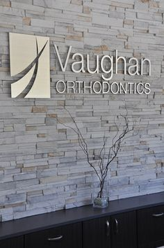 Personalized Color Office Decor Signage , Chrome letters Brushed , Business Sign Metal Indoor Outdoor for Door Small Signage Dental Office Decor, Medical Office Design, Office Interior Design, Office Logo, Office Signage, Dental Design, Clinic Design, Logo Publicidad, Waiting Room Design