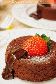 US Masala: Molten Dark Chocolate Cake