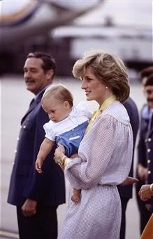 MELBOURNE - APRIL Diana Princess of Wales carries Prince William off of a plane at Melbourne Airport, Australia on April at the end of the Royal Tour of Australia.(Photo by David Levenson/Getty Images) via Prince Charles And Camilla, Charles And Diana, Prince William, William Kate, Royal Princess, Prince And Princess, Princess Of Wales, Prince Harry, Royal Queen
