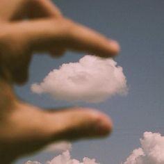 pegando nuvens